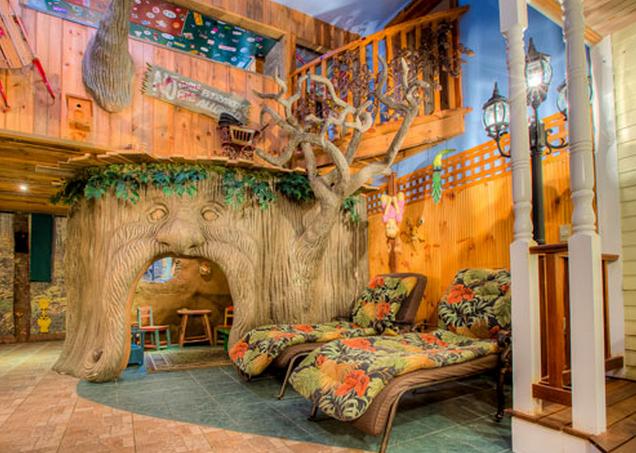 adventure suites-treehouse