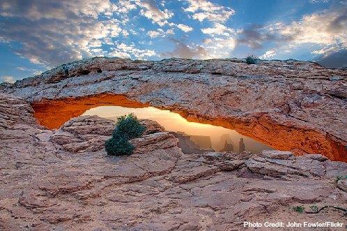mesa arch-canyonlands national park-utah