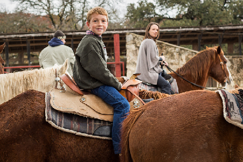 10 Fantastic U.S. Dude Ranches for Families