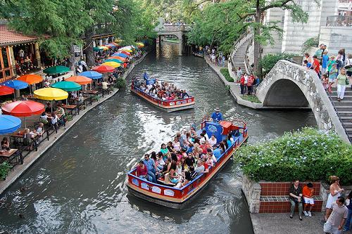 san antonio-riverwalk-river cruise
