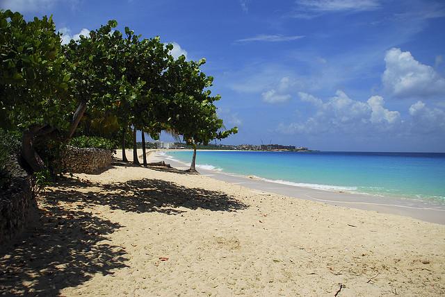 5 Family-Friendly Caribbean Beaches