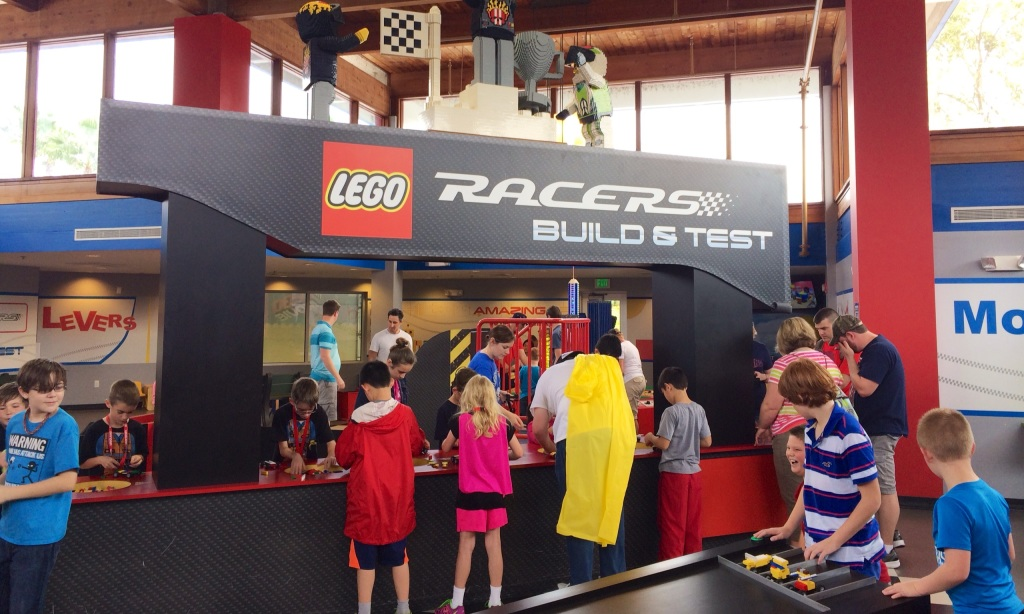 legoland build a race car