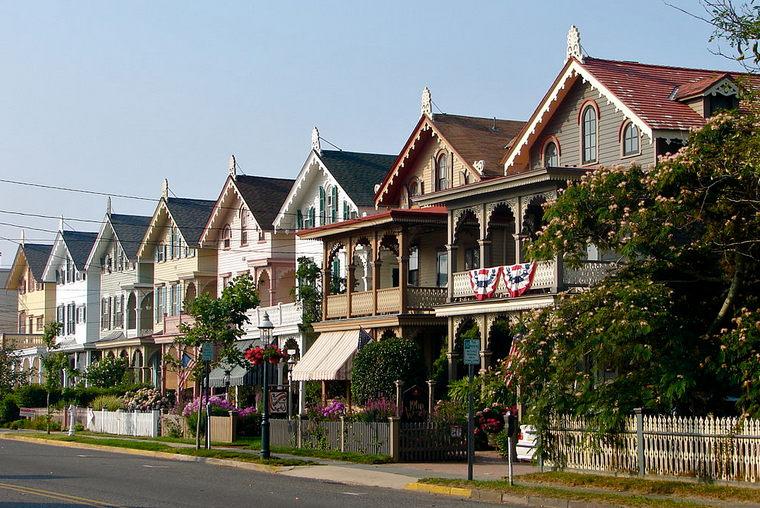 cape may-victorian homes