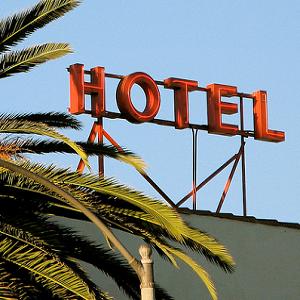 6 Travel Websites Saving You Money While You Sleep