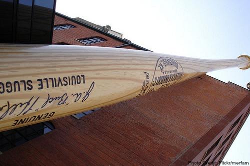 worlds largest baseball bat