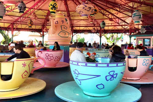 magic kingdom-teacups