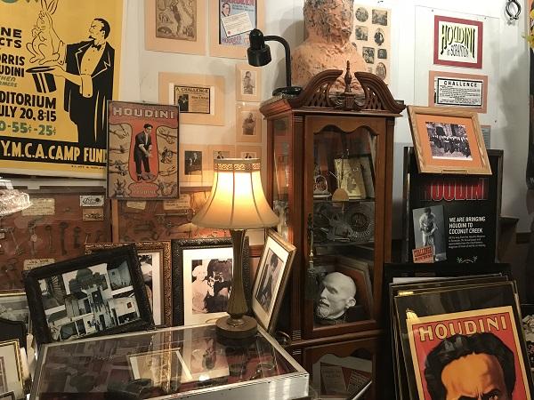 Scranton's Famous Houdini Museum & Magic Show